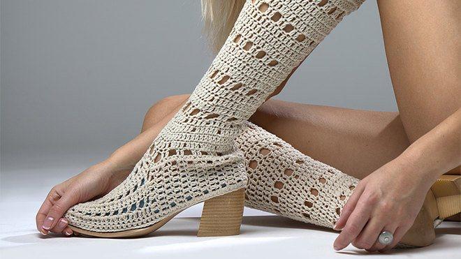 Модные вязаные сапоги