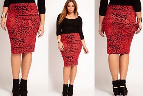 Красная юбка-карандаш ниже колена