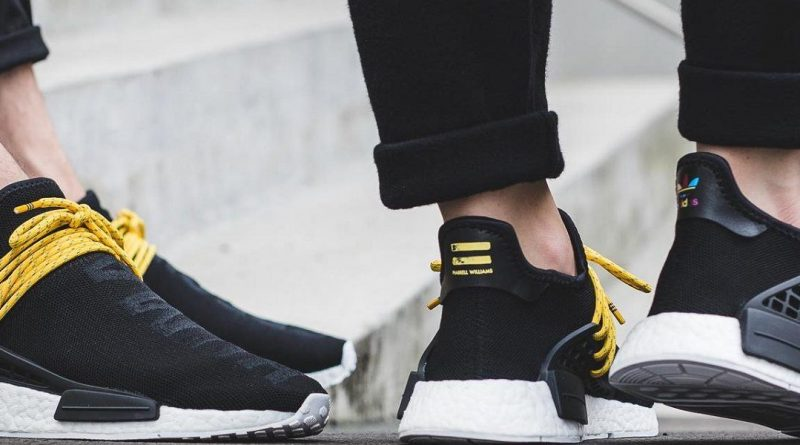 Какие женские кроссовки модные в этом сезоне?