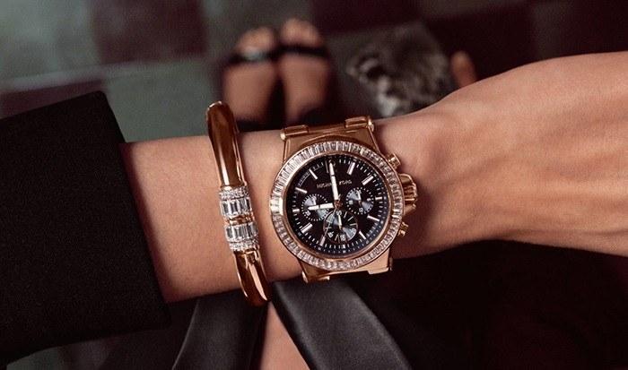 1f97b2421b7f Модные женские часы 2018 (фото)  стильные и красивые