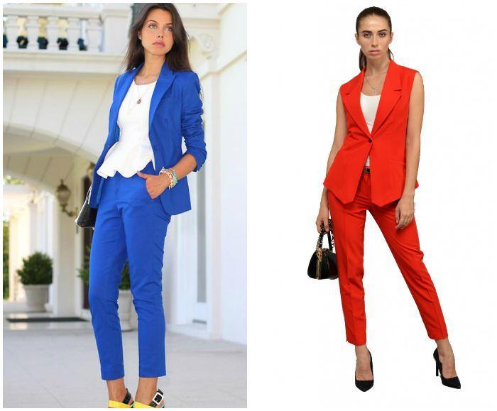 Строгий костюм с укороченными брюками в ярком цвете