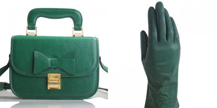 Зеленые перчатки и сумка в сочетании с оранжевым пальто