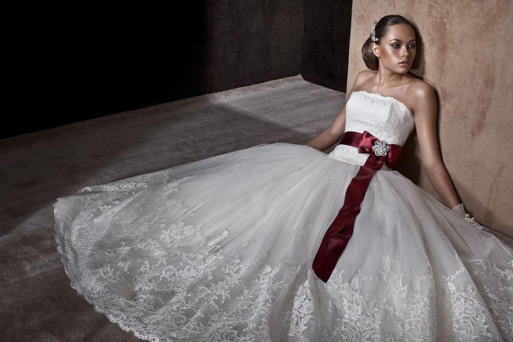 Дизайнерское-пышное платье