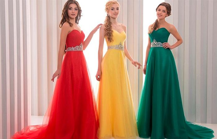Яркие вечерние платья на свадьбу